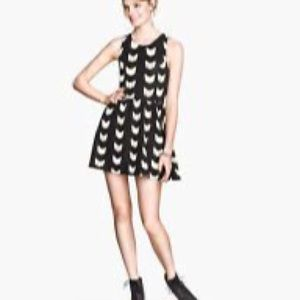 Divided by H&M | 🌺 Sleeveless Cat Dress
